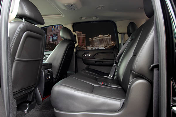 Earth Limos of LAS VEGAS CHEVY SUBURBAN SUV SEDAN Limo Interior Shot 3