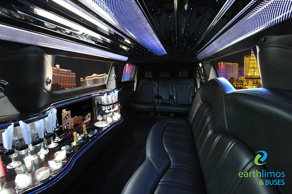 Earth Limos of LAS VEGAS FMKT TOWN CAR STRETCH Interior Shot 3