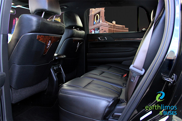 Las Vegas Luxury Limo Lincoln Mkt Town Car Sedan